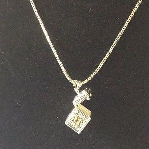 Other - Unisex necklace jewelry pill box pray box
